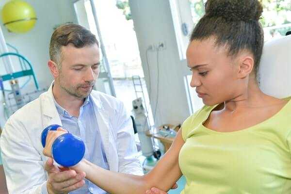 tennis elbow physical therapist