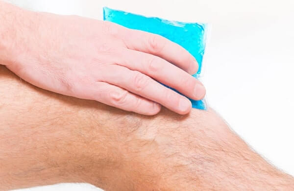 Cold gel compress in rheumatic arthritic knee