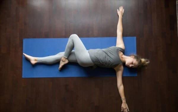 spine stretching exercises yoga